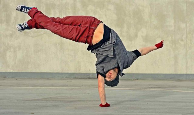 http://danse-modernjazz.com/wp-content/uploads/2019/04/inner_image_dance_01-640x379.jpg