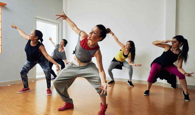 http://danse-modernjazz.com/wp-content/uploads/2019/04/inner_image_dance_02-640x379.jpg